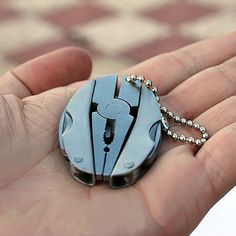 Camping Portable Outdoor Mini Foldaway Multi Function Tools Set Pocket Keychain Pliers Knife Screwdriver Key Chain Llaveros