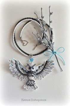 Necklace White owl. She keep the secret of a small town and take care of its citizens :-)  NOTE FOR CUSTOMERS :-) Please, keep in mind that all