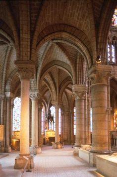 Interior St. Denis
