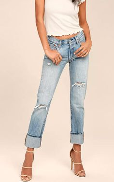 These jeans are totally goals baby! TheLevi's 501 Light Wash Distressed Jeans offers a stylish and trendy look with also giving you that comfort level you could only dream off. The distressed light wash blue denim will go great with any top and any set of shoes, even a nice pair of nude heels if …