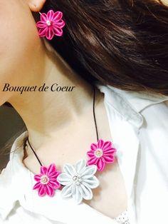 ハンドメイドフラワーピアス ¥980- おそろいのネックレス ¥1800- ショッキングピンクのかわいい大きなお花 結婚式やパーティにも♪   handmade big flower pierce. Vivid pink pierce & necklace.