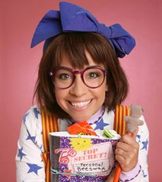 @Kelly Wynns You should totally be Junie B. Jones for Halloween!!!