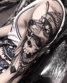 Bruno Santos-tatuaje lobo y calavera