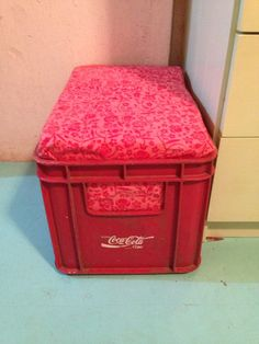 Coca-cola crate = extra seat or ottoman, we made two from crates just hanging out on the property...