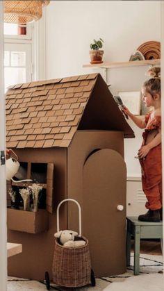 Diy Toys And Crafts, Diy Crafts Hacks, Diys, Little Girls Playroom, Diy For Kids, Crafts For Kids, Carton Diy, Diy Crystals, Kids Artwork