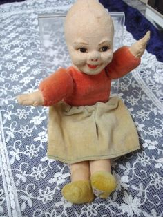 Rare Highly collectible  NORA WELLINGS DOLL Made in England