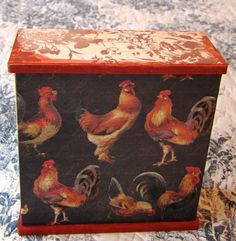 Rooster box, back and top view