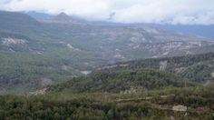 Afinando la vista, las pequeñas aldeas de Pelegrín y Sarrato