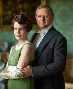 Elizabeth McGovern and Hugh Bonneville, Cora and Robert Downton Abbey. Hugh Bonneville is my inspiration for Thomas Thornton Downton Abbey Season 6, Downton Abbey Series, Downton Abbey Fashion, Downton Abbey Costumes, Elizabeth Mcgovern, Hugh Bonneville, Image Film, Lady Mary, Hollywood