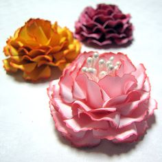 Paper Carnation  Flower Tutorial by Kay- uses Spellbinder die