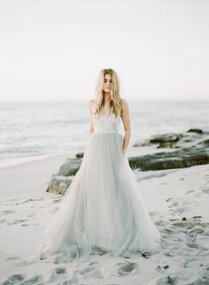 Gown: Elizabeth Dye - Winter seaside inspiration by Morgan Lamkin (Photography & styling) - via Magnolia Rouge (Model: Tara Blanchard)