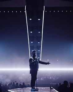 The weeknd wallpapers - Emilia Wilson The Weeknd Live, Abel The Weeknd, The Weeknd Background, House Of Balloons, Abel Makkonen, Beauty Behind The Madness, Editorial Photography, Photography Magazine, Man Alive