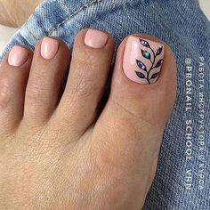 25 Cute Toe Nail Art Ideas for Summer | StayGlam Beach Toe Nails, Gold Toe Nails, Camo Nails, Pretty Toe Nails, Summer Toe Nails, Feet Nails, Pretty Toes, Feet Nail Design, Pedicure Nail Designs