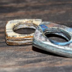 Learn how to make paper rings and upcycle old books newspapers