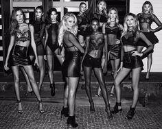 The VS Angels Victorias Secret Models, Victoria Secret Fashion Show, Victoria Secret Angels, Victoria Secret Swim, Look Casual, Casual Chic, Victoria's Secret, Vs Swim, Toddler Girls