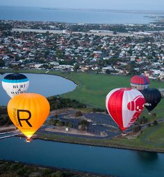 Your Balloon Flights Over Melbourne flight voucher can be sent to you in the mail same day or you are welcome to download the flight voucher right now.
