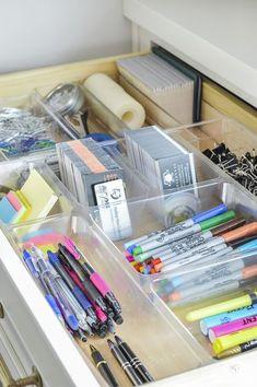 Fantastic and beautiful organizing tips for office organization. #creativehomeofficeideas