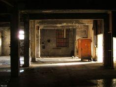 Gallery: Canada Linseed Oil Mills Ltd. > lsd trip 2006 > Spooky. - Urban Exploration Resource
