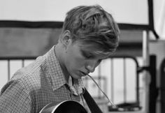 Check out George Ezra @ Iomoio George Ezra, Love Of My Life, In This World, I Just Love You, Beautiful Voice, Beautiful People, Music Covers, Best Vibrators, Soul Music