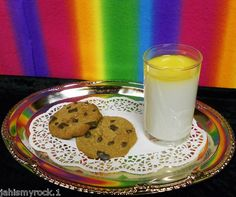Faux Fake Food GLASS OF MILK CHOCOLATE CHIP COOKIES Home Stage Photo Props lot