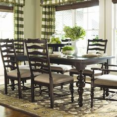 Bring Southern elegance to family suppers and spring soirees alike with this lovely dining essential from Paula Deen.Product: Din...