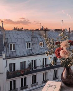 Paris rooftops via Oh The Places You'll Go, Places To Visit, Beautiful World, Beautiful Places, Beautiful Sunset, My Little Paris, Paris Ville, Adventure Is Out There, Pretty Pictures
