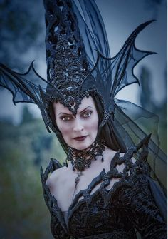 Witch Queen head piece...awesome!                                                                                                                                                                                 Plus