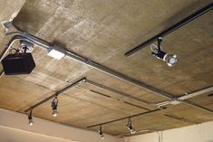 Conduit Lighting, Cafe Interior, Interior Design, Modern Industrial, Interior Lighting, Home Art, Track Lighting, Bedroom Decor, Ceiling Lights
