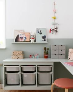 42 Charming Desk Space Design Ideas That Suitable For Kids Kura Ikea, Ikea Trofast, Bedroom Storage For Small Rooms, Kids Bedroom Organization, Ikea Storage, Storage Ideas, Kids Room Design, Kid Spaces, Girl Room