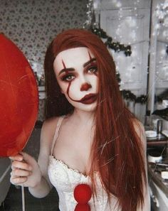 Image shared by R_3_. Find images and videos about halloween makeup on We Heart It - the app to get lost in what you love. Scary Clown Makeup, Halloween Makeup Clown, Joker Makeup, Hot Halloween Costumes, Halloween Eyes, Halloween Looks, Halloween 2019, Halloween Outfits, Face Makeup
