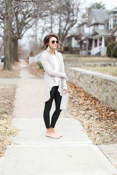 Street style, everyday fashion, cardigan, leather leggings, nude flats, spanx, white tee