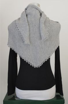 Shawl knit alpaca https://www.etsy.com/it/listing/217690427/scialle-sciarpa-donna-lana-100-alpaca?langid_override=0