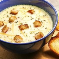 French cheese soup with croutons, from the cookbook & in 30 minutes& by Anna Decock. Look up the preparation method okokorecepts. Soup Recipes, Cooking Recipes, How To Cook Lobster, Cooking Bread, Cheese Potatoes, Bowl Of Soup, Cheese Soup, Cheddar Cheese, Cream Of Chicken Soup