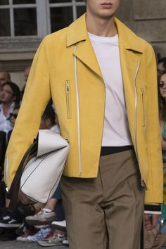 Berluti Spring 2018 Men's Fashion Show Details