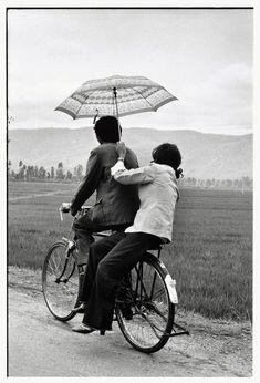 Elliott Erwitt /Magnum Photos, China, 1986