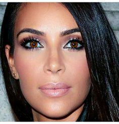 Kim Kardashian makeup and eyelashes
