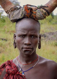 Mursi woman, Ethiopia by Rod Waddington via Flickr.
