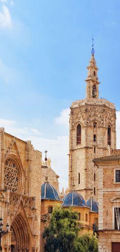 El Miguelete tower, Valencia, Spain