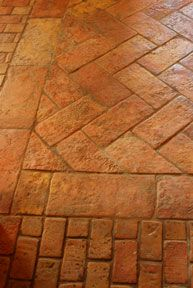 AncientFloors.com   Terra Cotta Tiles from Italy, France, Spain and Mexico.
