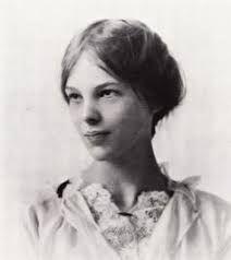 نتيجة بحث الصور عن rare pictures of amelia earhart family