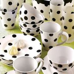 black and white polka dot dishes Dots Fashion, White Dinnerware, Connect The Dots, White Cottage, Tea Party, Polka Dots, Black And White, Black Dots, Pottery