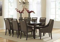 Table de salle à manger - 325,00$ Légèrement endommagé Collection Lanquist – Dark Brown /D681-35 | LOT000440/ Dining Room Table - 325,00$ Slightly damaged Lanquist Collection