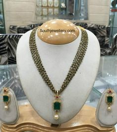 Black Beads Chain latest jewelry designs - Page 2 of 30 - Indian Jewellery Designs Indian Jewellery Design, Bead Jewellery, Latest Jewellery, Indian Jewelry, Pendant Jewelry, Jewelry Necklaces, Beaded Necklace, Gold Jewelry, Necklace Set