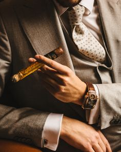 Let yourself be carried away by this new experience. Emperador gold cigars will make this moment even more elegant. by imperiali_ge Elegant Watches, Sport Watches, Luxury Watches, Cigars, Class Ring, New Experience, Cufflinks, Classy, In This Moment