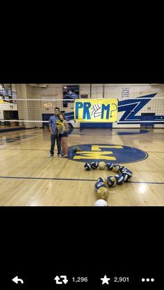 Volleyball player promposal this would be cute on a soccer field too.