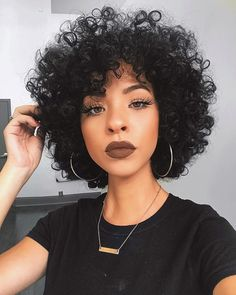 Pin by Lakariifrias on Pelo afro in 2019 Curly Hair Cuts, Short Curly Hair, Curly Hair Styles, Natural Hair Styles, Short Afro, Curly Afro, Big Afro, Natural Beauty, Afro Puff