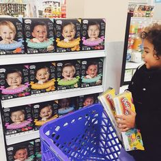 Long days of shopping call for a stop in the snack aisle for some Munchables! #luv2nosh (photo via @modelclubinc)