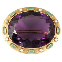 Oval Amethyst Brooch Set with Natural Pearls and Green Chalcedony 15 K Gold UK ca. Amethyst Jewelry, Pearl Jewelry, Antique Jewelry, Vintage Jewelry, Purple Jewelry, Antique Clothing, Art Deco Jewelry, Fine Jewelry, Suffragette Jewellery