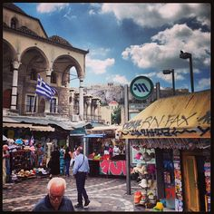 Athens Flea Market in Αθήνα, Αττική On Sunday - arrive before 11am otherwise it's too busy and most of the good stuff is gone