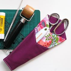 Find the free, downloadable pattern and tutorial to create this easy to sew scissors case at #WeAllSew. These cases make great gifts for any friend or family member who sews!